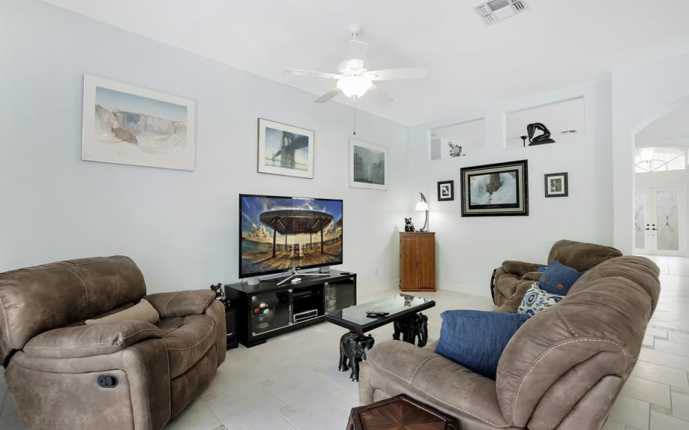 2343 Butterfly Palm Dr, Naples - Home For Sale 2122947354