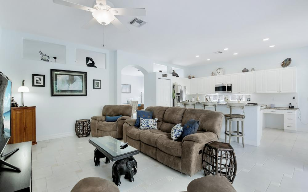 2343 Butterfly Palm Dr, Naples - Home For Sale 36744969