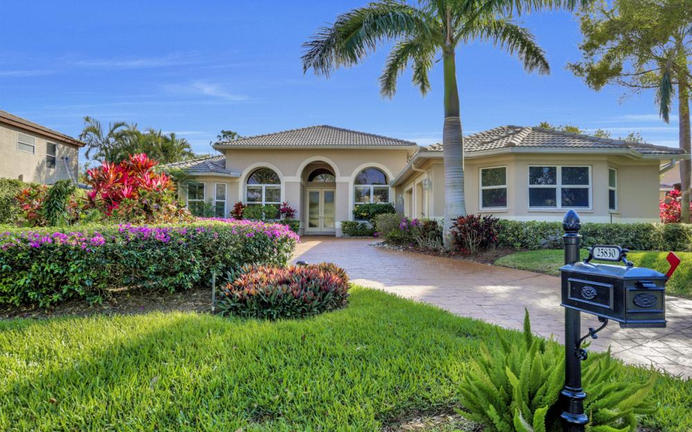 25830 Creekbend Dr, Bonita Springs - Home For Sale 1438807855