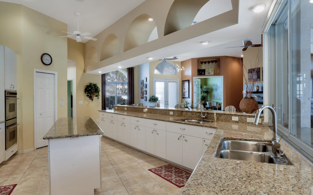 25830 Creekbend Dr, Bonita Springs - Home For Sale 991864809