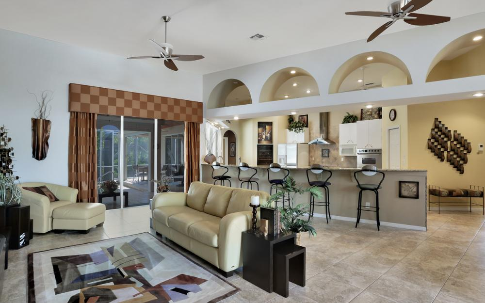 25830 Creekbend Dr, Bonita Springs - Home For Sale 512677515