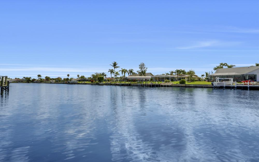1904 SE 35th St, Cape Coral - Home For Sale 1370857441