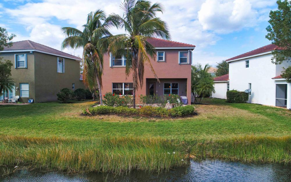 9734 Silvercreek Ct. Estero - Home For Sale 981060234