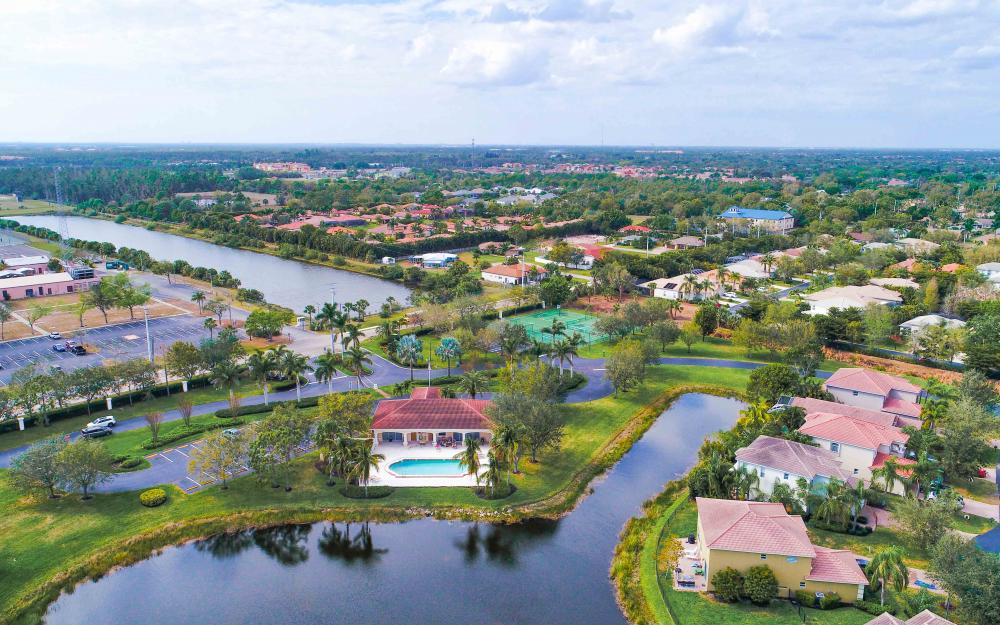 9734 Silvercreek Ct. Estero - Home For Sale 1213259365