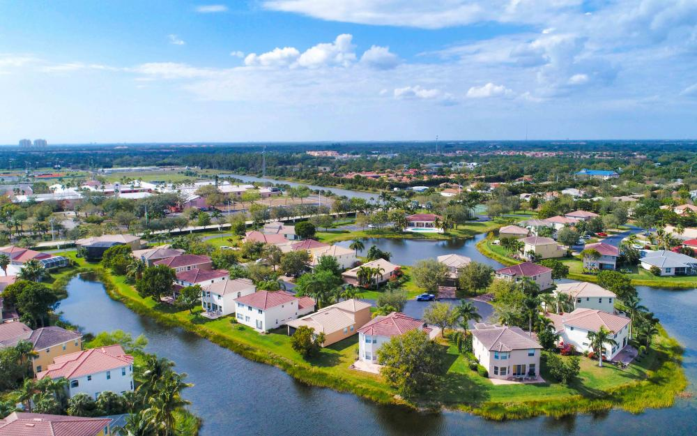 9734 Silvercreek Ct. Estero - Home For Sale 668181528