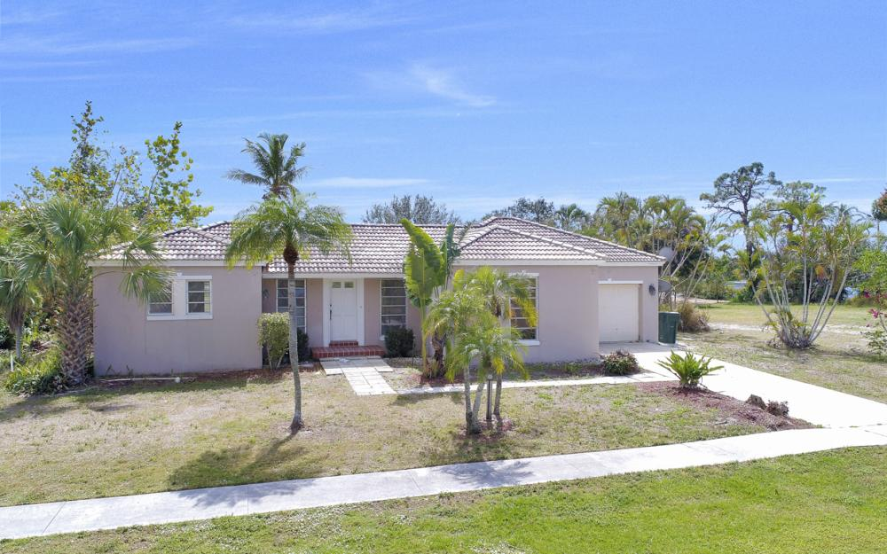1241 Fruitland Ave, Marco Island - Home For Sale 1270667976