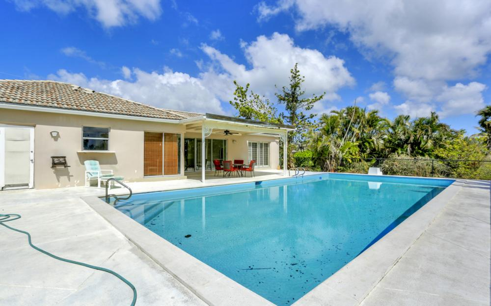 1241 Fruitland Ave, Marco Island - Home For Sale 447004306