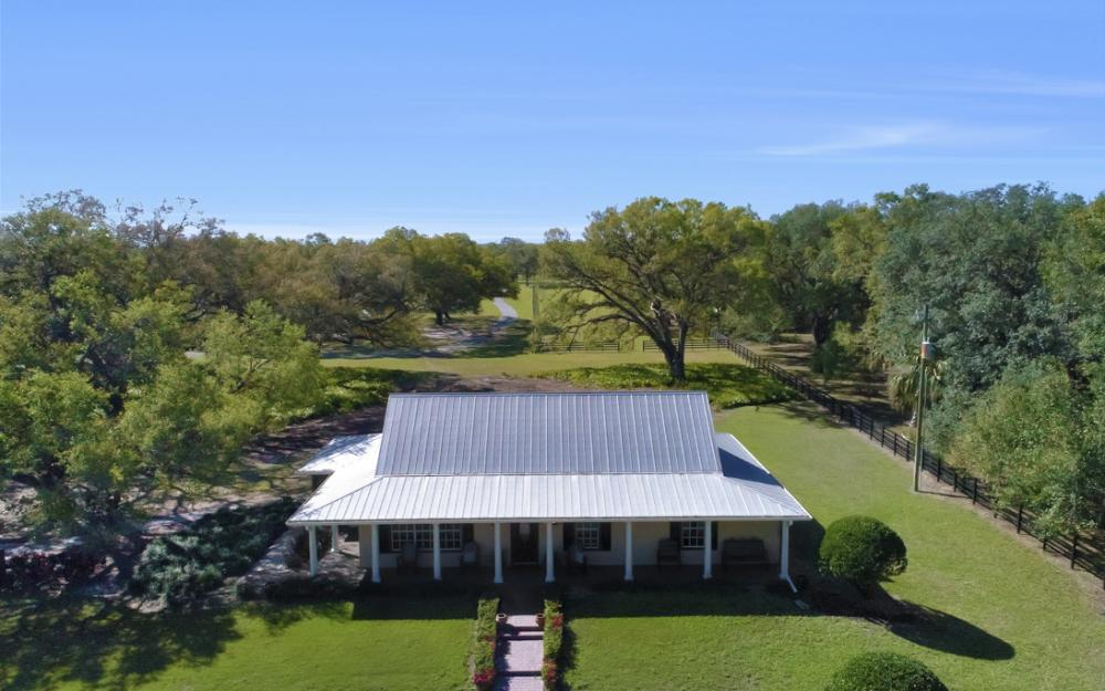 22920 N River Rd, Alva - Home For Sale 1764796734