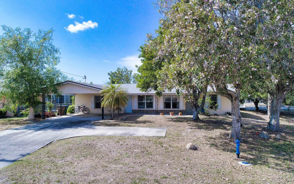 4510 SE 6th Pl, Cape Coral - Home For Sale 691084652