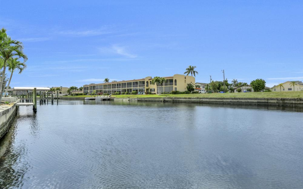4510 SE 6th Pl, Cape Coral - Home For Sale 953374724