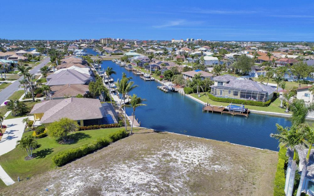 259 Marquesas Ct, Marco Island - Lot For Sale 81227591