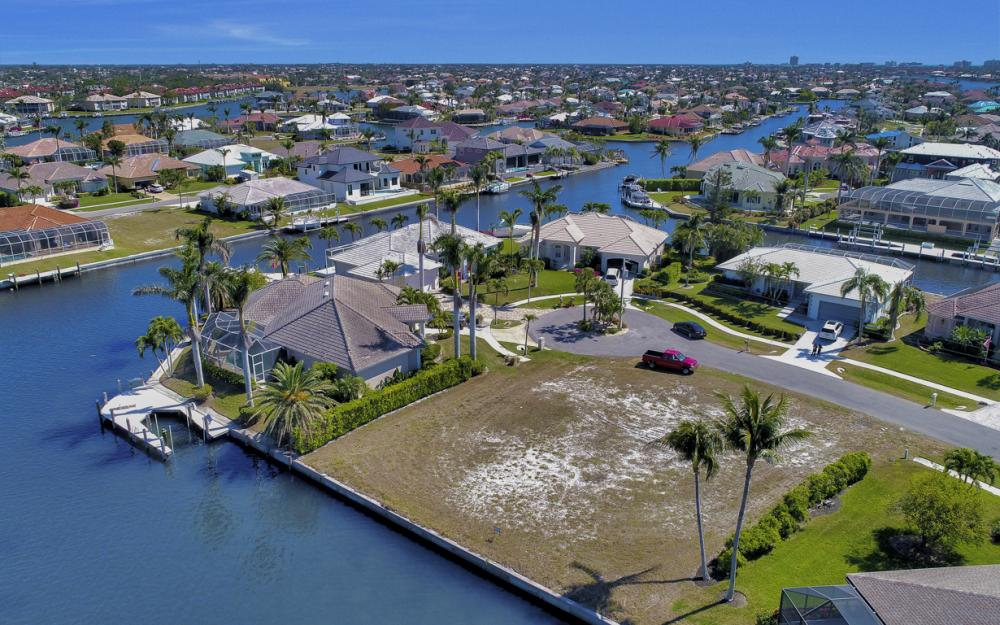 259 Marquesas Ct, Marco Island - Lot For Sale 1076116268