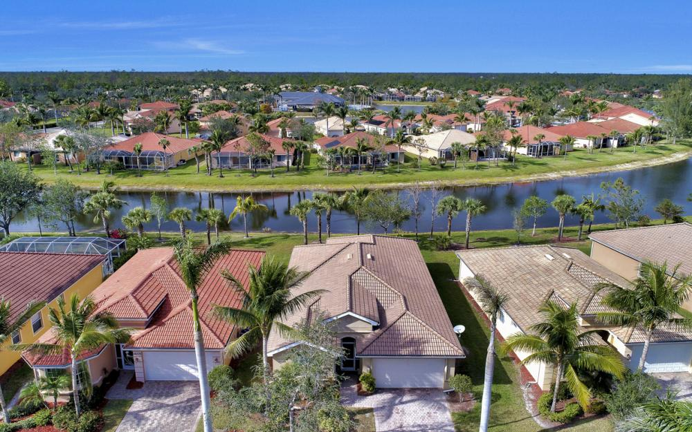 14079 Mirror Ct, Naples - Home For Sale 353592272