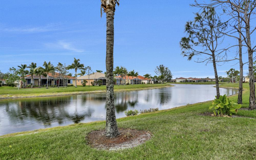 14079 Mirror Ct, Naples - Home For Sale 232992766