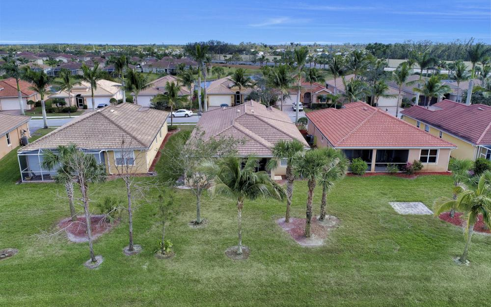 14079 Mirror Ct, Naples - Home For Sale 333961653