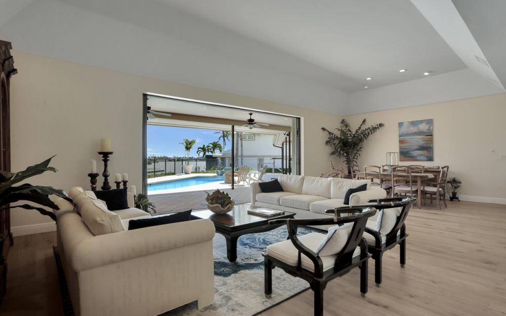 561 Hammock Ct, Marco Island - Home For Sale 1544745751