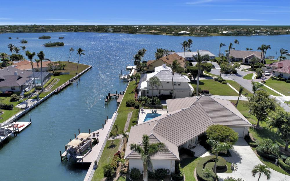 561 Hammock Ct, Marco Island - Home For Sale 807647022