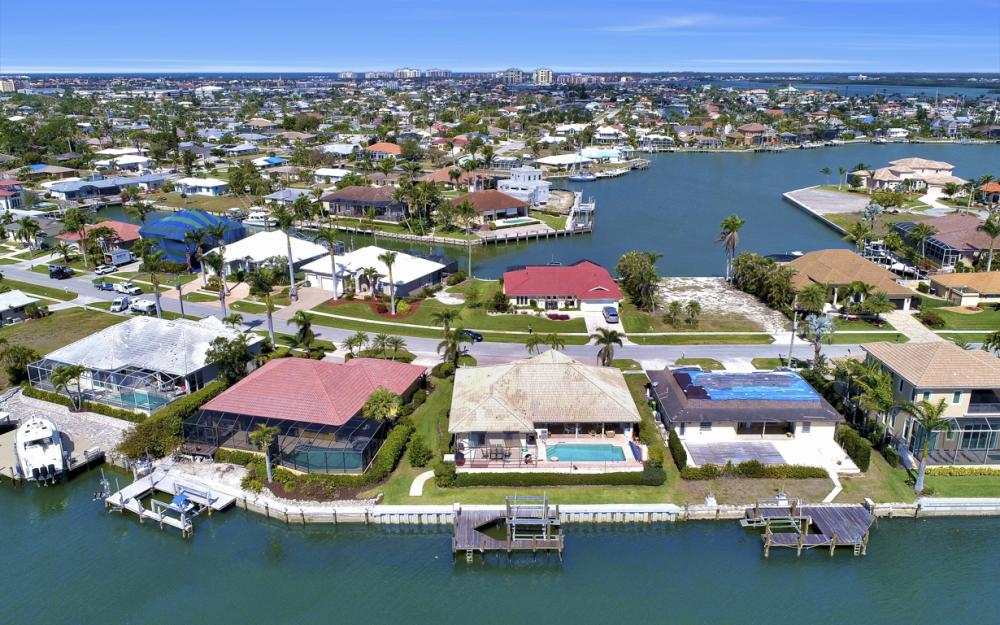 653 Bimini Ave, Marco Island - Home For Sale 107327294