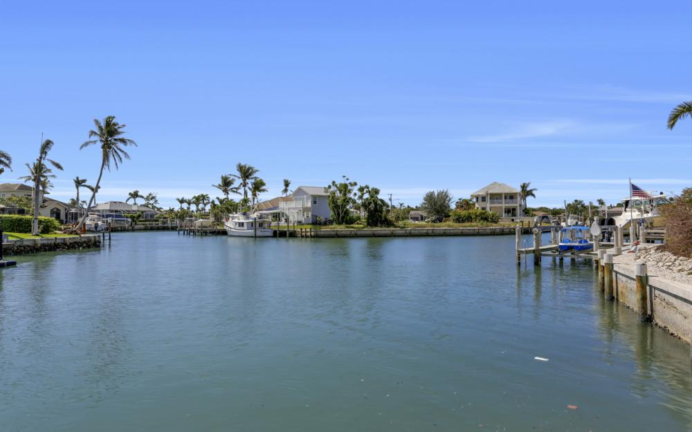 653 Bimini Ave, Marco Island - Home For Sale 198425953