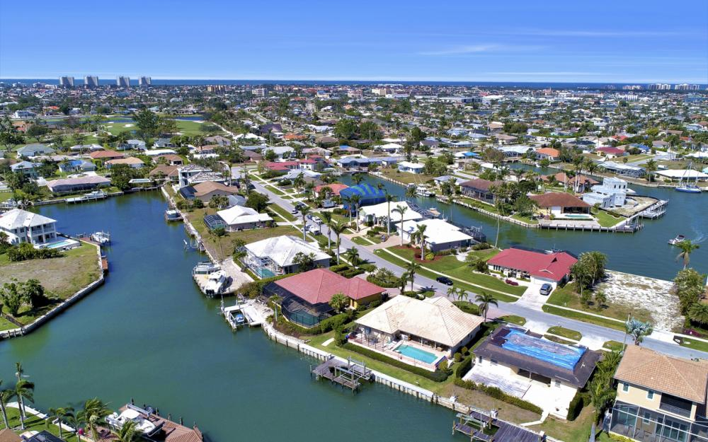 653 Bimini Ave, Marco Island - Home For Sale 911972834
