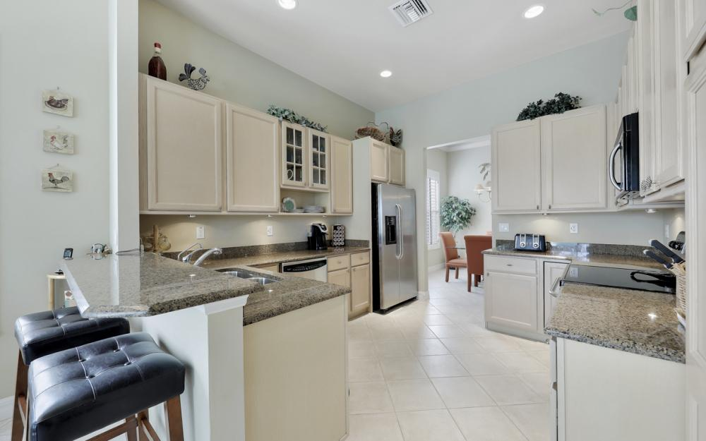 24777 Hollybrier Ln, Bonita Springs - Home For Sale 918576451
