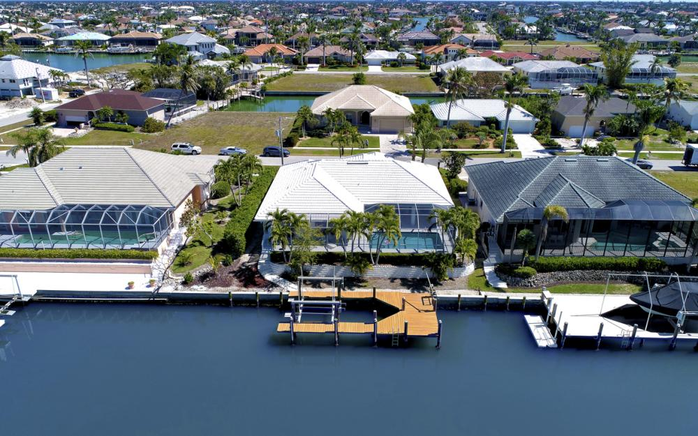 746 Orchid Ct, Marco Island - Home For Sale 1497154038