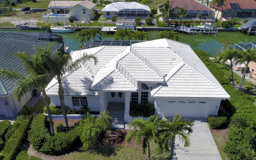 746 Orchid Ct, Marco Island - Home For Sale 1403460657