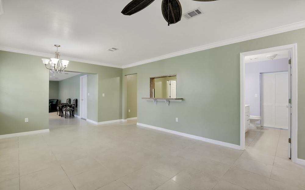 1399 Cooper Dr, Naples - Home For Sale 865503458