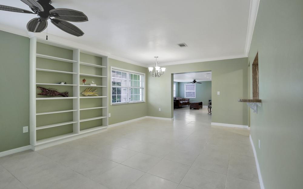 1399 Cooper Dr, Naples - Home For Sale 50069200