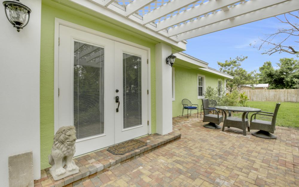 1399 Cooper Dr, Naples - Home For Sale 1824426649