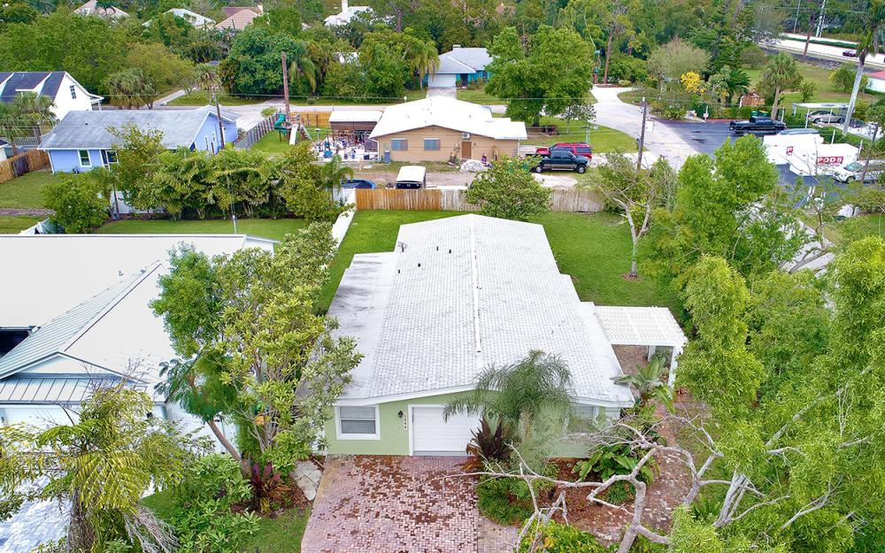 1399 Cooper Dr, Naples - Home For Sale 1462409899