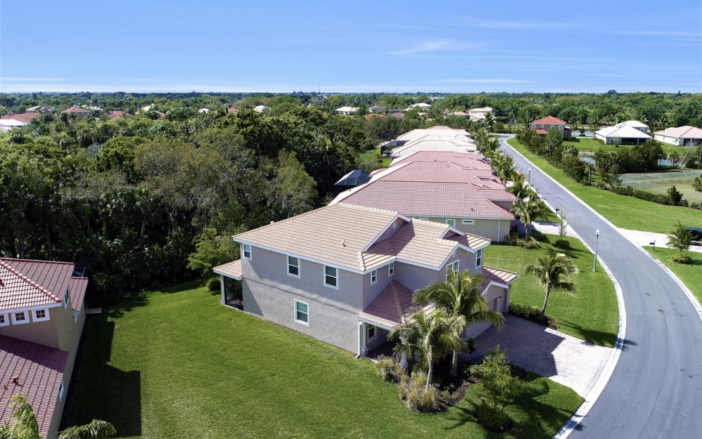 3301 Banyon Hollow Loop, North Fort Myers - Home For Sale 1582632022