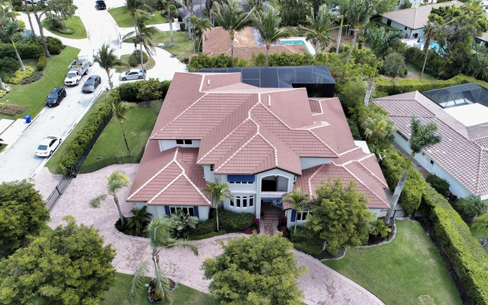 4486 Crayton Rd, Naples - Home For Sale 2069037365