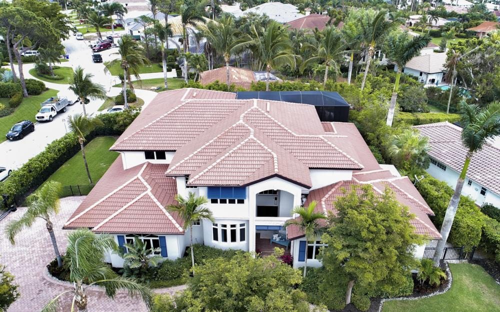4486 Crayton Rd, Naples - Home For Sale 458720030