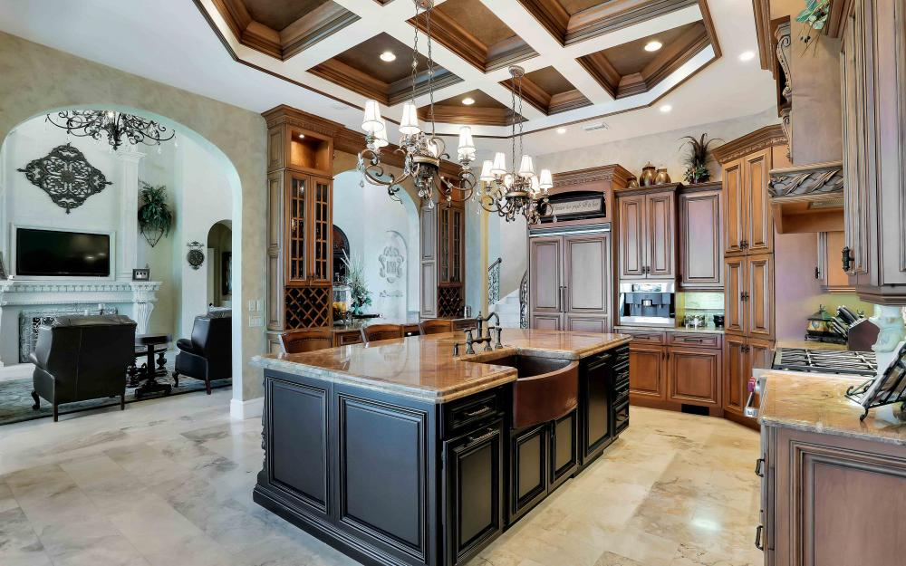 503 Kendall Dr, Marco Island - Home For Sale 1898080163