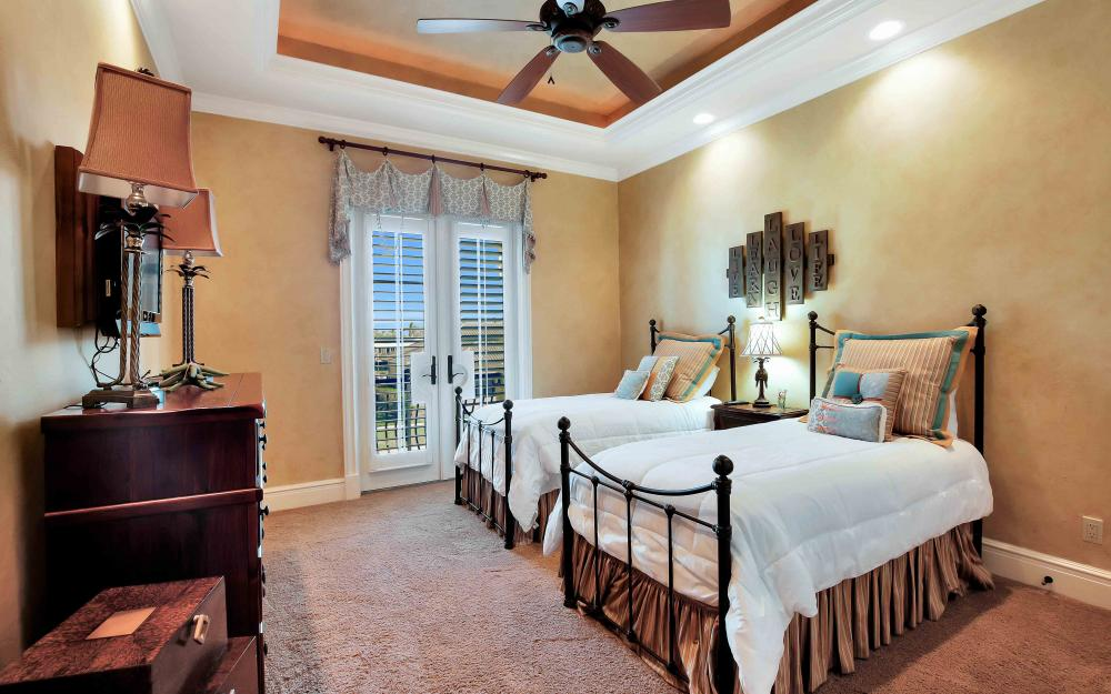 503 Kendall Dr, Marco Island - Home For Sale 433738470