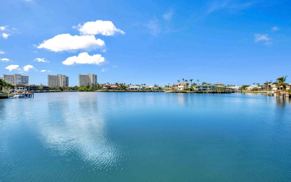 503 Kendall Dr, Marco Island - Home For Sale 2115901884