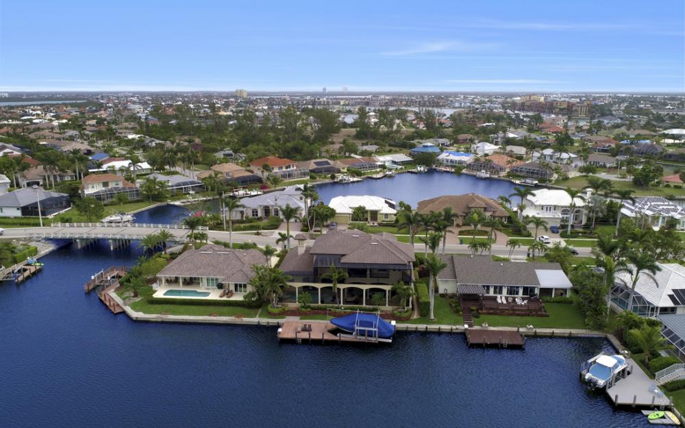503 Kendall Dr, Marco Island - Home For Sale 714803154