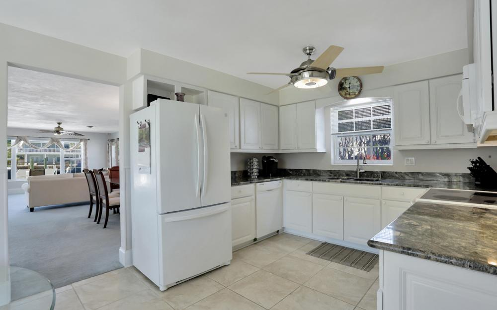 18244 Cutlass Dr, Fort Myers Beach - Home For Sale 590396260
