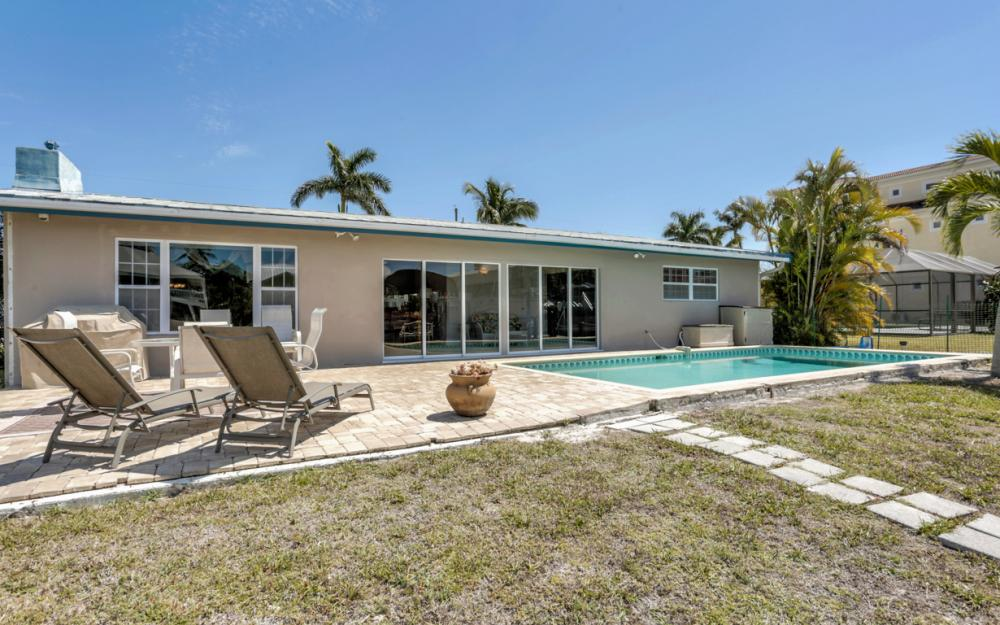 18244 Cutlass Dr, Fort Myers Beach - Home For Sale 995143670