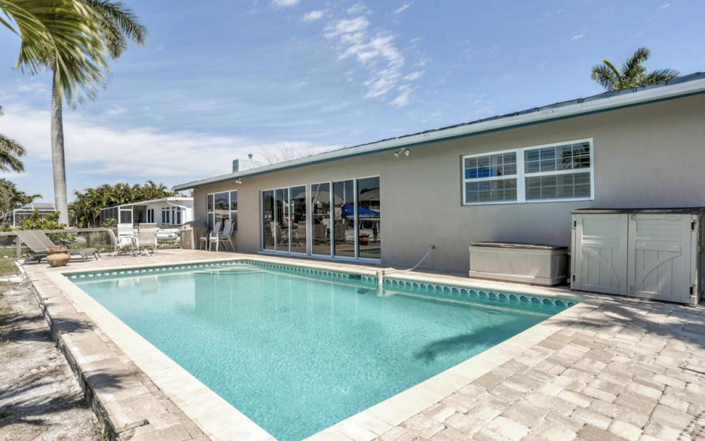 18244 Cutlass Dr, Fort Myers Beach - Home For Sale 221693451