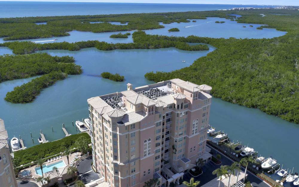 445 Dockside Dr #404, Naples - Condo For Sale 4947850