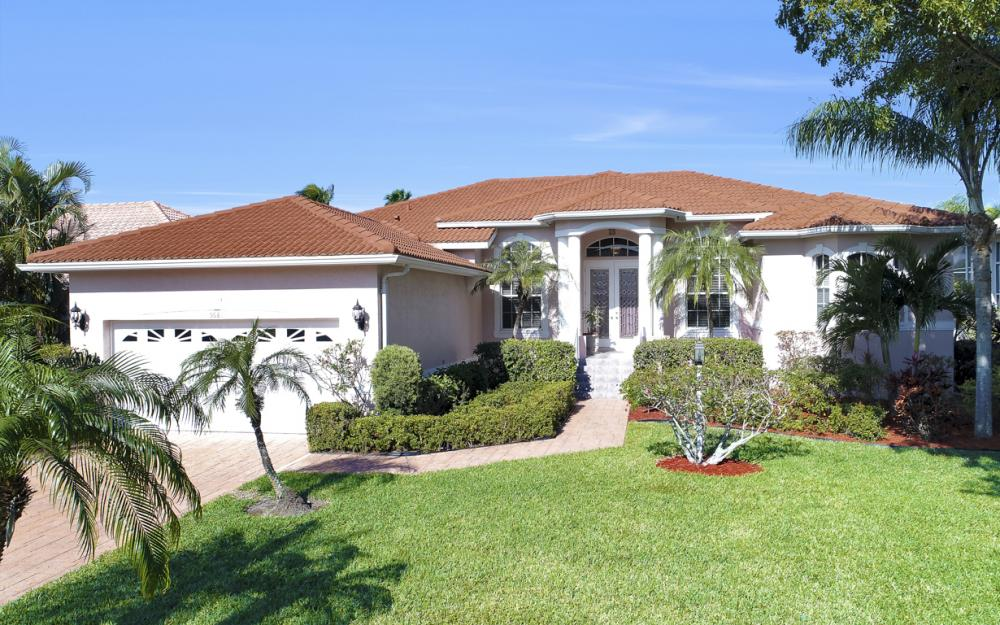 5681 Harborage Dr, Fort Myers - Home For Sale 488495158
