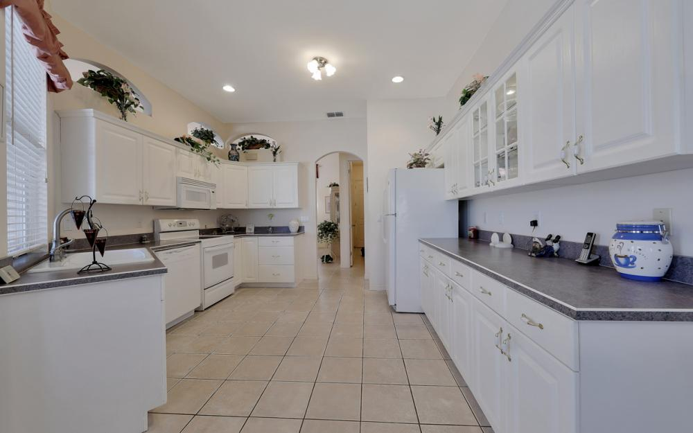 5681 Harborage Dr, Fort Myers - Home For Sale 1838790537