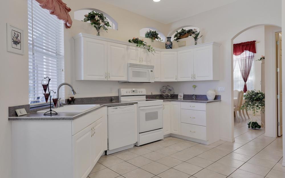 5681 Harborage Dr, Fort Myers - Home For Sale 1157475461