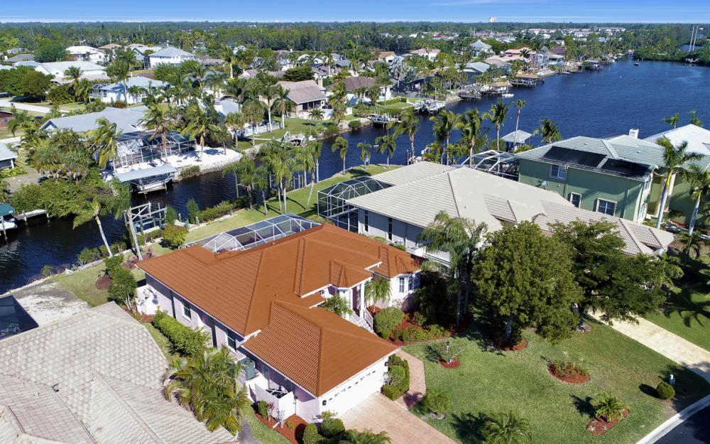 5681 Harborage Dr, Fort Myers - Home For Sale 1674217853