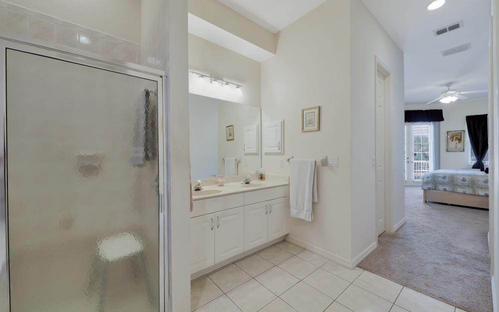 5681 Harborage Dr, Fort Myers - Home For Sale 1803512946