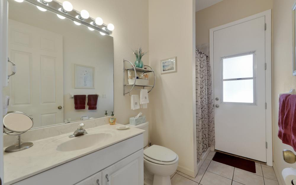 5681 Harborage Dr, Fort Myers - Home For Sale 1254303135