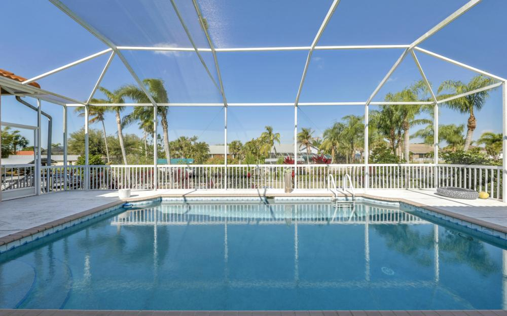 5681 Harborage Dr, Fort Myers - Home For Sale 968994238