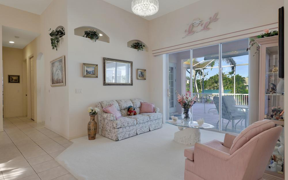 5681 Harborage Dr, Fort Myers - Home For Sale 386892759